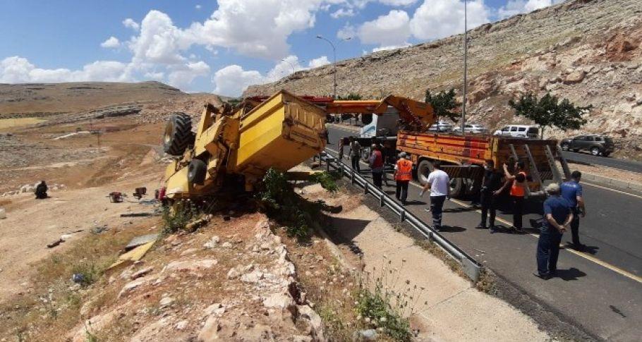 Şanlıufa'da Devrilen biçerdöverin altında kalan işçi öldü