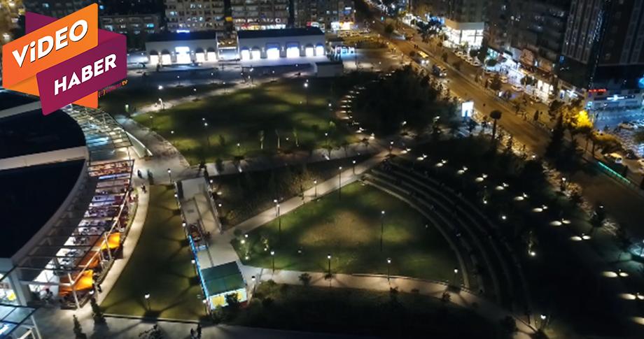 Şanlıurfa, 11 Nisan Şehir parkında zaman geçiriyor