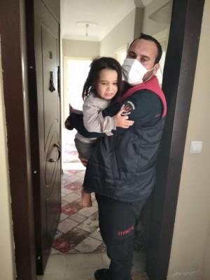 Şanlıurfa'da 2 çocuk mahsur kaldı