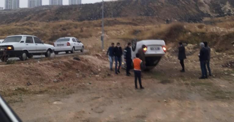 Şanlıurfa'da kaza: Araç takla attı