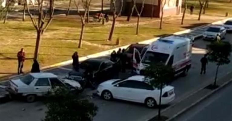 Şanlıurfa'da otomobiller çarpıştı: 2 yaralı (EK)
