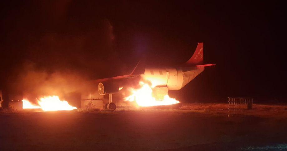 Şanlıurfa GAP Havalimanında yangın...