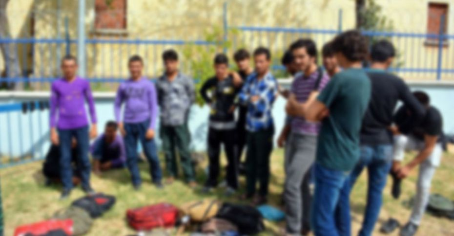 Şanlıurfa'da 71 Afgan göçmen yakalandı!