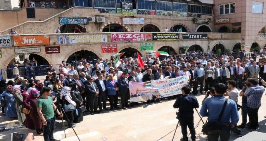 Şanlıurfa'da Amerika ve İsrail protesto edildi
