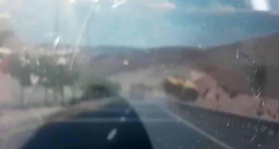 Şanlıurfa'da Biçerdöverin devrildiği kaza anı  !