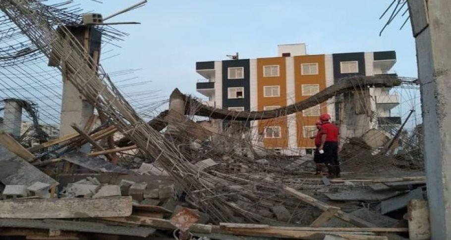 Şanlıurfa'da bir inşaatta beton kalıp çöktü: 2 yaralı