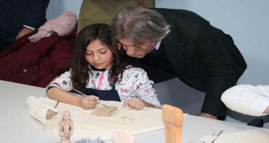 Şanlıurfa'da iki kütüphane hizmete açıldı