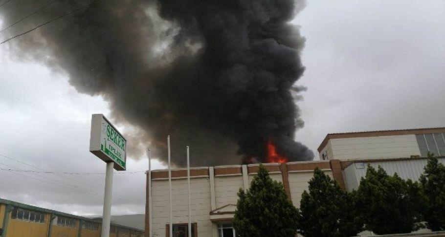 Şanlıurfa'da İplik fabrikasında korkutan yangın