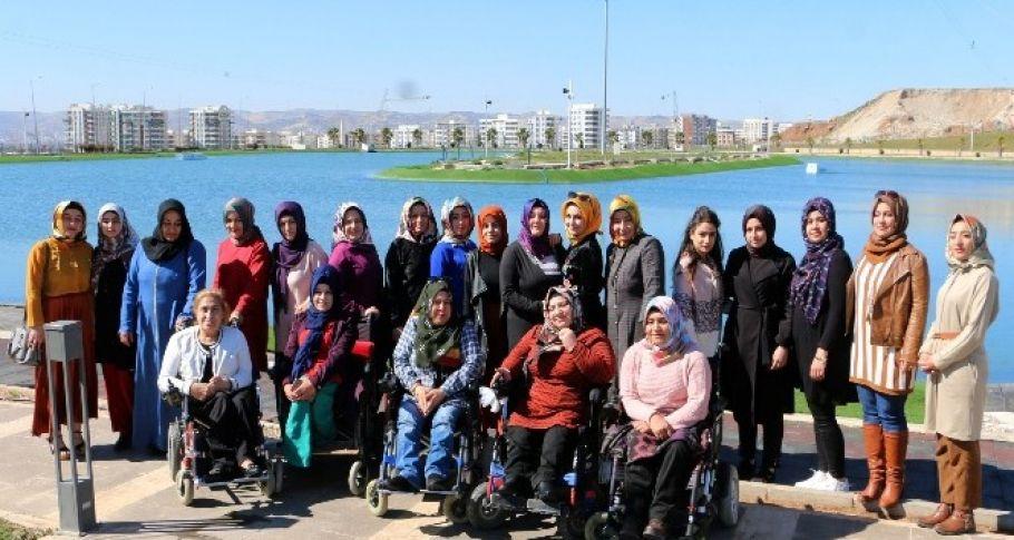 Şanlıurfa'da Kadınlar Günü'nde engeliler unutulmadı