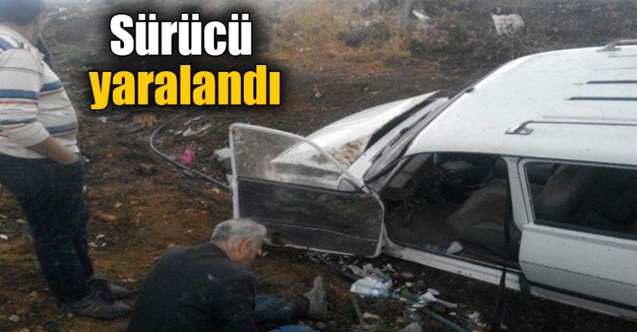 Şanlıurfa'da kayganlaşan yolda otomobil takla attı