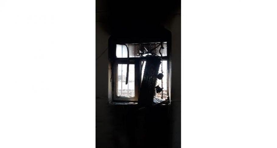 Şanlıurfa'da Kendi imkanlarıyla yaptıkları cami yanınca dumanların arasına daldılar