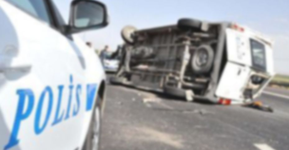Şanlıurfa'da minibüs devrildi! 7 yaralı