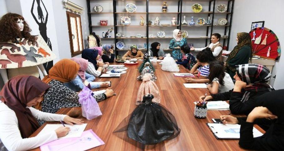 Şanlıurfa'da moda tasarım kursu ilgi gördü