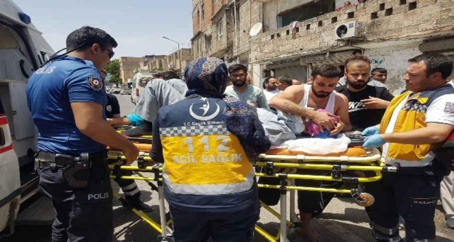 Şanlıurfa'da Otomobil ile motosiklet çarpıştı: 1 yaralı