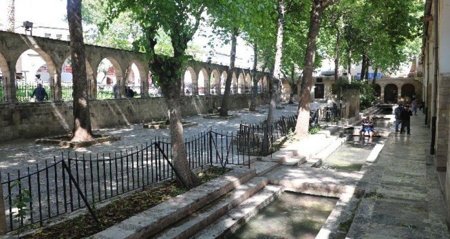 Şanlıurfa'da Serinleme mekanları boş kaldı