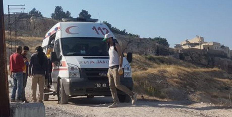 Şanlıurfa'da Suriyeli işçiyi yılan ısırdı!