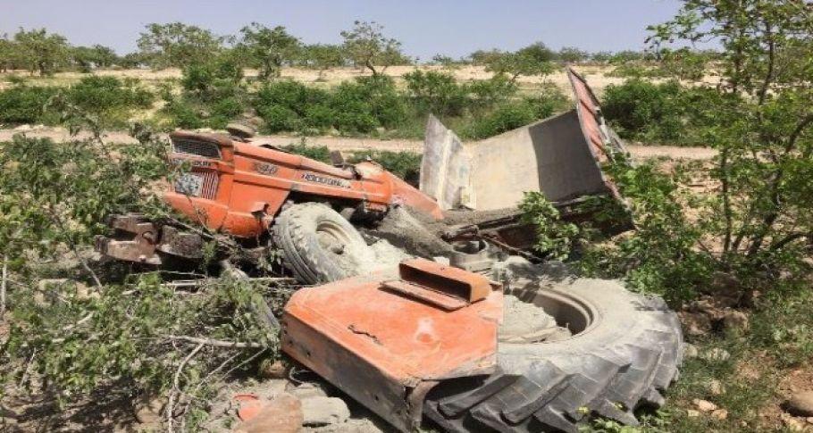 Şanlıurfa'da traktör devrildi! sürücü hayatını kaybetti