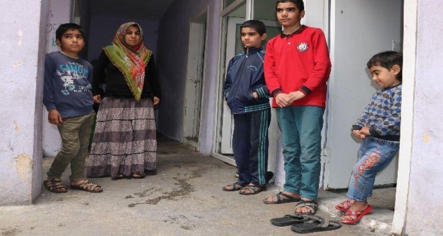 Şanlıurfa'da Yoksulluktan çocuklarını yurda verecekler