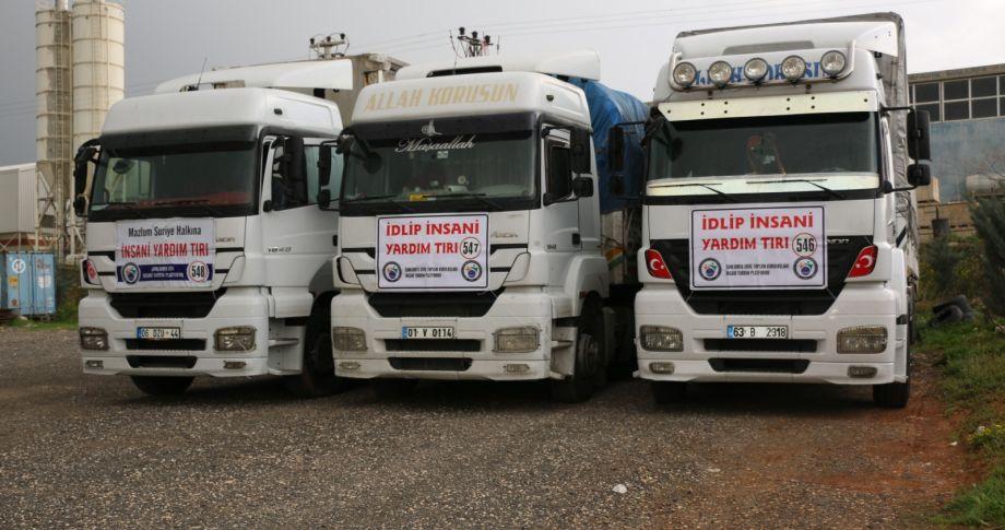 Şanlıurfa'dan  İdlib'e 3 TIR insani yardım