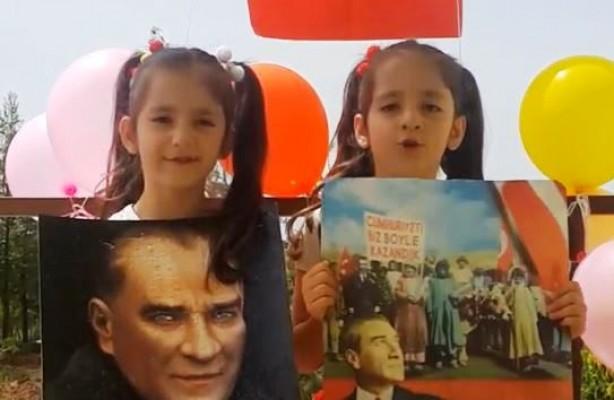 Şanlıurfalı ikizler, bayramlarını kutladı