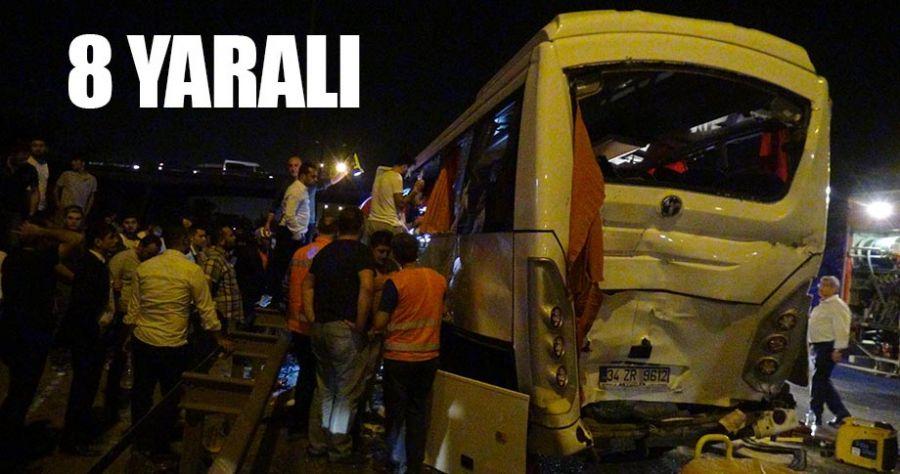 Servis Minibüsü iki tırın arasında kaldı!