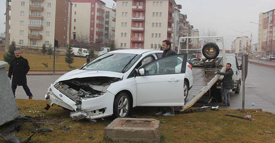Sivas güne kazalarla uyandı