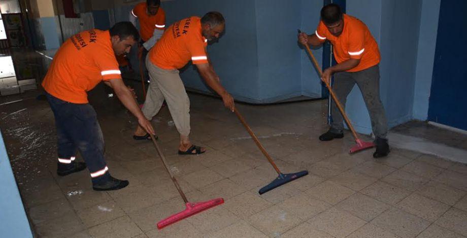 Siverek'te okullarda temizlik çalışması başlatıldı