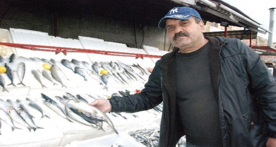 Soğuk ve yağışlı hava balık satışlarını artırdı