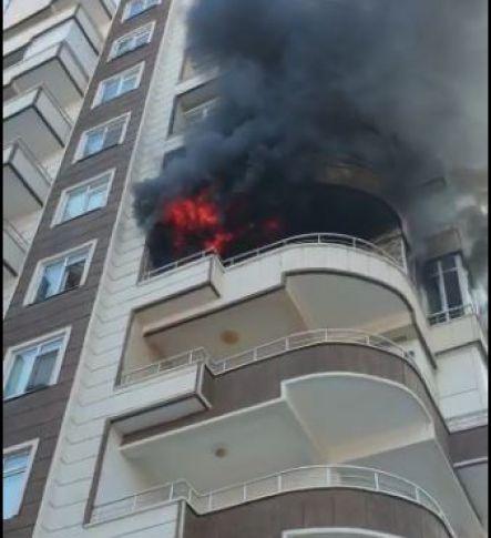SON DAKİKA Karaköprü'de mesken yangını! (Videolu)