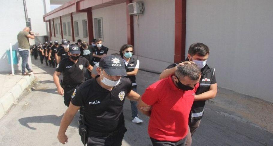 Suç örgütüne 13 tutuklama