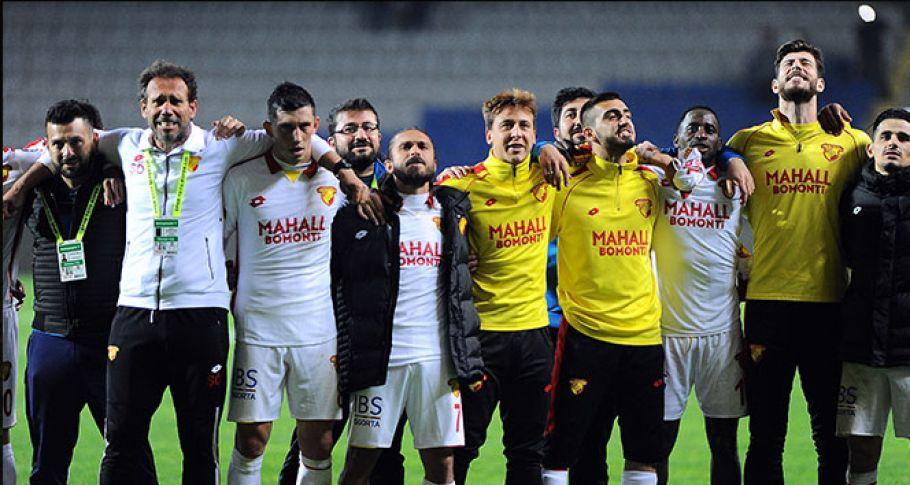 Süper Lig'de üst ve alt sıralar karıştı