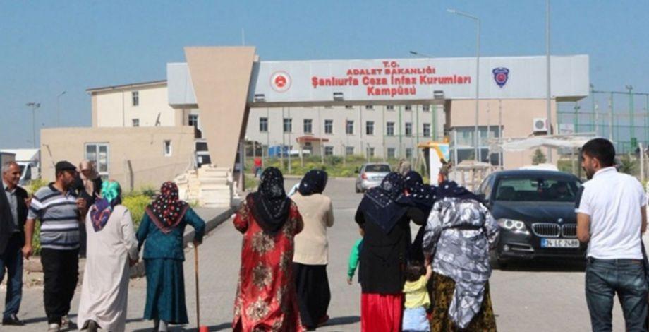 Suruç'taki canlı bomba saldırısı davası ertelendi