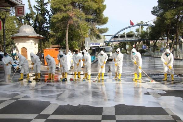 Haliliye'de cadde ve sokaklarda temizlik seferberliği