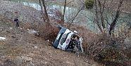 Hentbol takımını taşıyan minibüs kaza...
