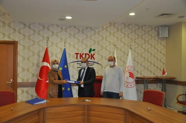 TKDK'dan lavanta yağı üreticisine destek