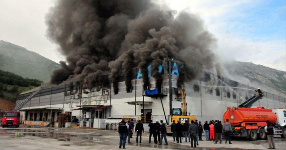 Tokat'ta organize sanayi bölgesinde yangın