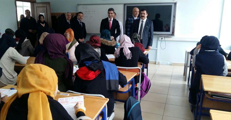 Türkiye geneli yapılan TYT sınavı Şanlıurfa'da da yapıldı