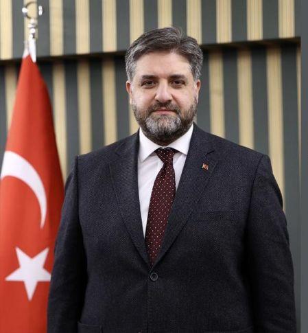 Türkiye Pekin Büyükelçisi A.Emin Önen'den 23 Nisan mesajı;