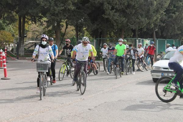 Urfa'da 'bisikletime çarparsan ölürüm' sloganı ile pedallar çevrildi!