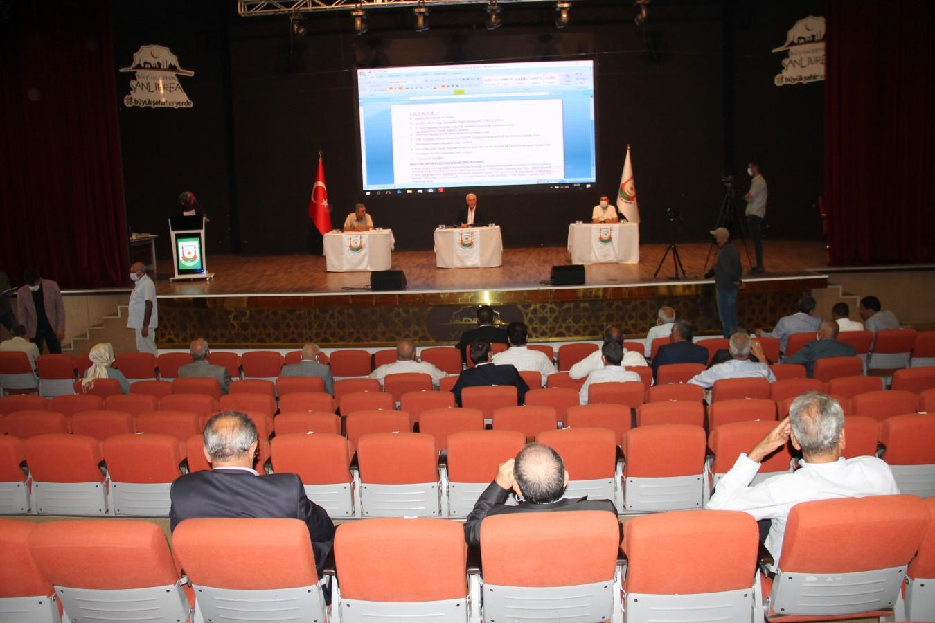 Urfa Meclisi'nde 'resmi araçların, kişiye özel kullanılması' tartışıldı