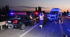 Kütahya'da zincirleme trafik kazası: 3 ölü, 4 yaralı