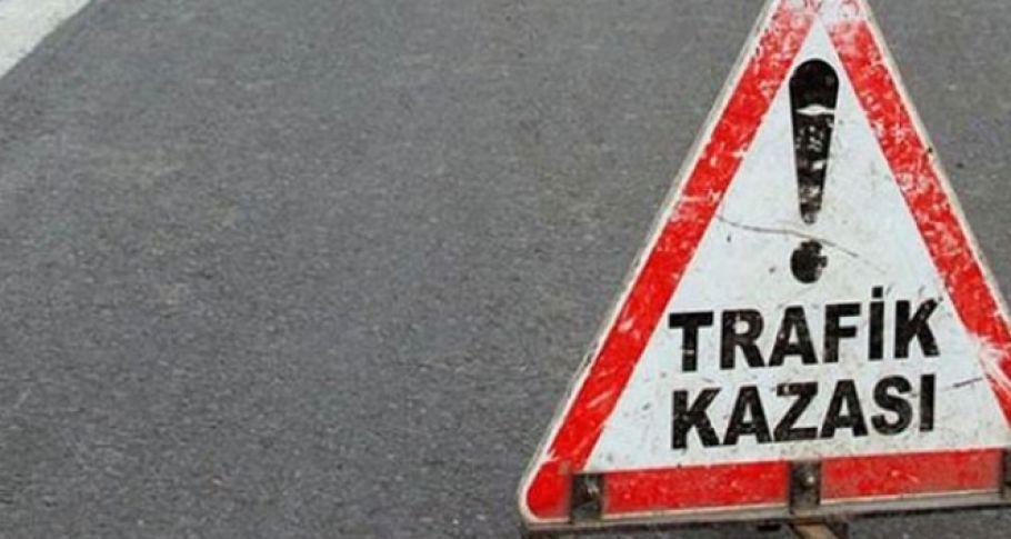 Van'da düzensiz göçmenleri taşıyan minibüs devrildi: 20 yaralı