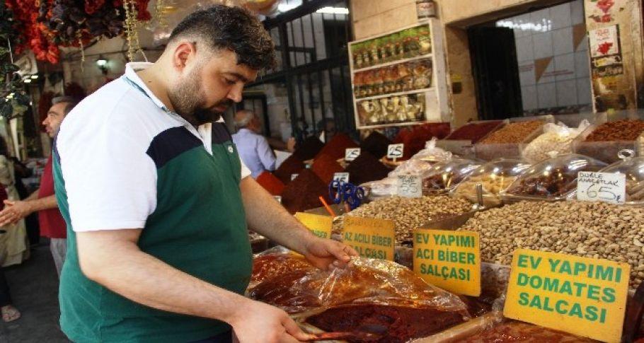 Vatandaşlardan salça fiyatına tepki