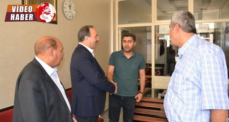 Vekil Özcan, Buğday Borsası esnafını ziyaret etti