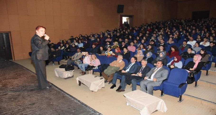Viranşehir'de 496 öğretmen ile eğitim çalıştayı düzenlendi