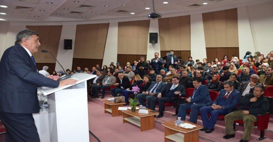 Viranşehir'de 'Akılcı Antibiyotik Kullanımı Konferansı' gerçekleştirildi
