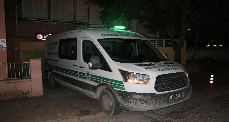 Zehirlenerek ölen 5 kişinin cesetleri Adli Tıpa getirildi